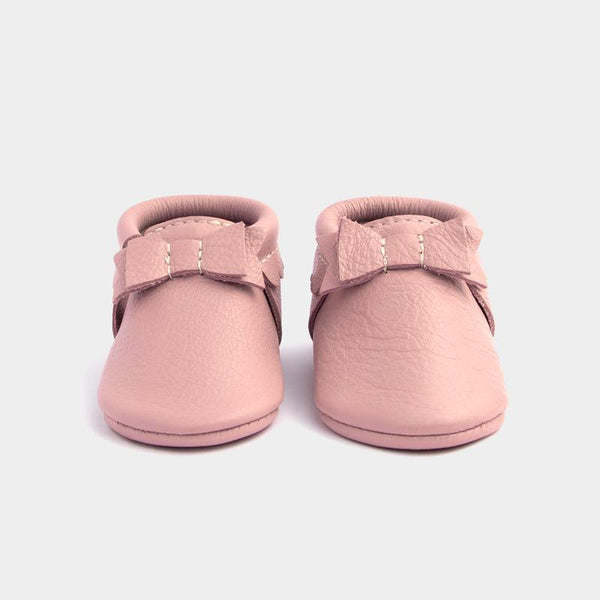 Freshly Picked Bow Moccasins - Blush - oh baby!