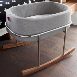 MONTE Rockwell Bassinet with Walnut Frame - oh baby!