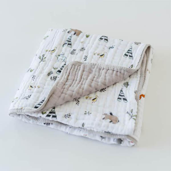 little unicorn Cotton Muslin Quilt - Forest Friends - oh baby!