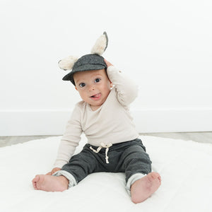 oh baby! Character Hat - Willow Fox - Charcoal Pepper