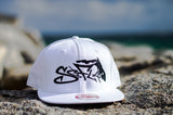Snapback White/Black Stitching