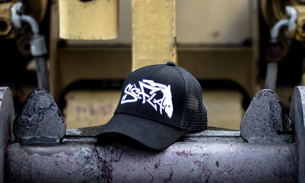 TRUCKER HAT BLACK/ WHITE STITCHING