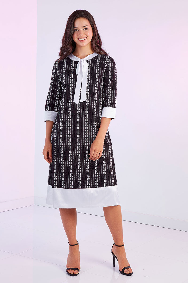 296f9fc31124 Straight patterned dress – Peppely clothing