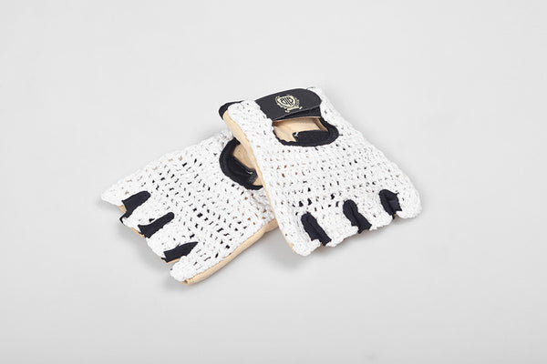 BLB knitted cycling gloves white