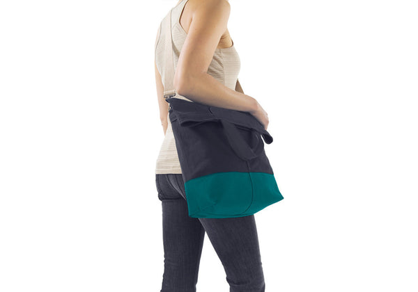 Linus Sac Navy & Aqua - DUE BACK SOON
