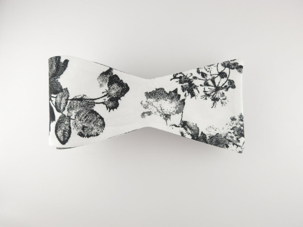 Floral Bow Tie, Antique Watercolor, Flat End - SuitedMan