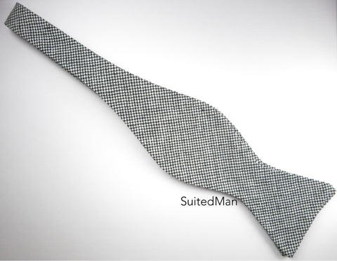 Bow Tie, Black Puppytooth, Flat End - SuitedMan