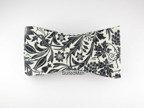 Floral Bow Tie, Black/White Floral, Flat End