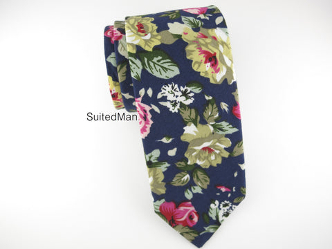 Floral Tie, Navy Violet Rose en Bloom