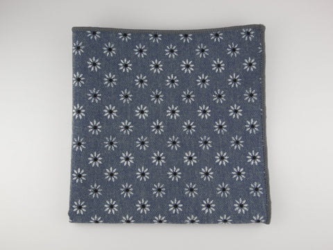 Pocket Square, Daisy Dots, Gray