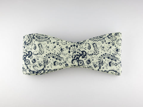 Bow Tie, Paisley Scroll, Navy, Flat End
