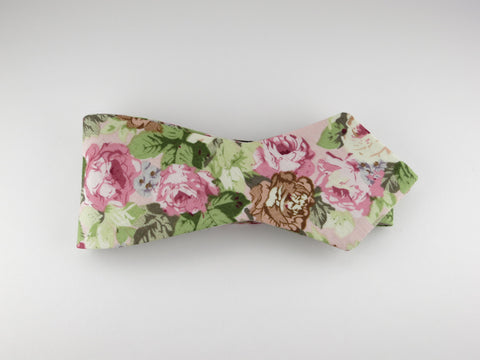 Floral Bow Tie, Vintage Pink Floral, Pointed End