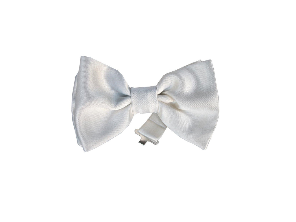 SuitedMan D'Italia Bow Tie, White, Flat End - SuitedMan