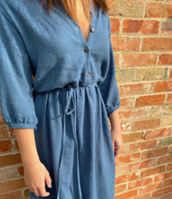 Load image into Gallery viewer, Cotton midi shirt dress, close up