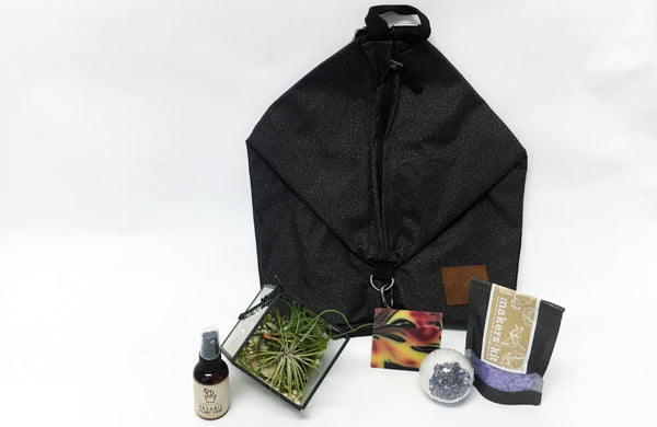 Gift Pack | Cube Airplant Terrarium + Backpack + Spa Set