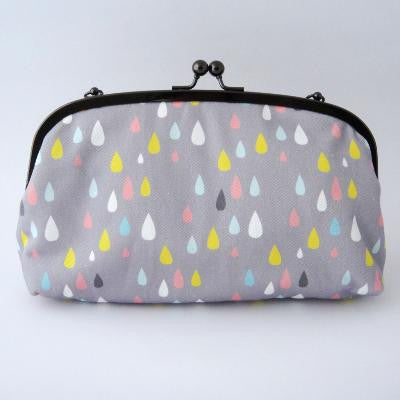 Curved Frame Shoulder Purse - Summer Raindrops