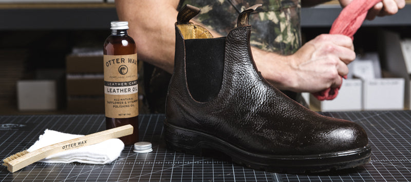 "<img alt=""How To Polish and Shine Leather Blundstone Boots"" src=""https://cdn.shopify.com/s/files/1/0189/5302/files/how-to-apply-otter-wax-leather-oil.jpg?14192932023810943507"">"