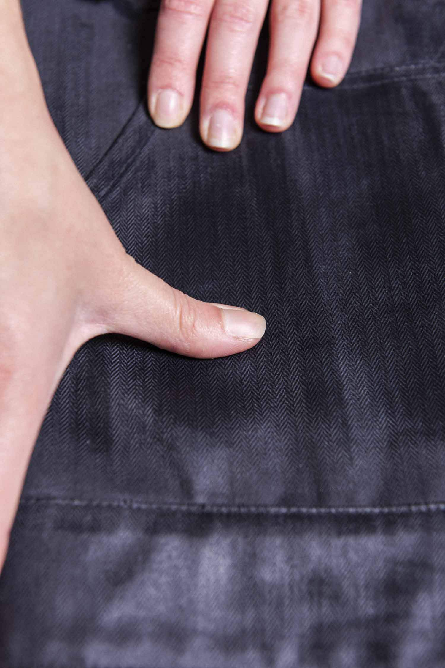 How To Otter Wax A Bridge And Burn Twill Jacket