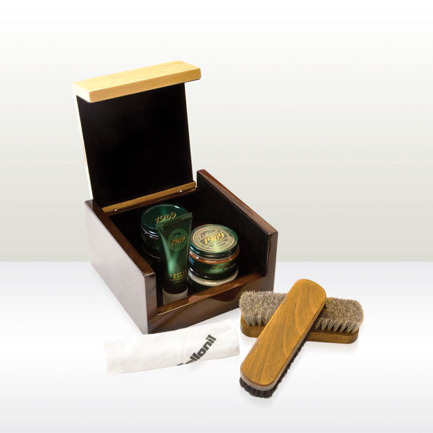1909 Renoir Valet Shoe Care Box