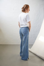 Load image into Gallery viewer, Kersee HW flare wash Los Felix, Denim Blue