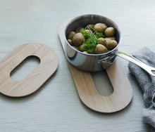 Load image into Gallery viewer, Skagerak, Loop Trivet 16x22,5 Oak