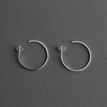Load image into Gallery viewer, Miya hoop Silver 30mm, pair