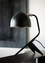Load image into Gallery viewer, Studio 1 Table lamp, Mat black