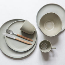 Load image into Gallery viewer, Dinner Plate khaki Ø27 H2,7cm