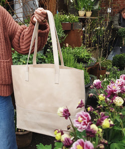 "Tote bag ""Mamuye""  Bone"