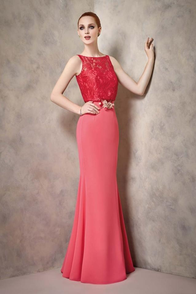 VESTIDO LARGO COLOR CORAL A1904 DE ANGELA ARIZA. – Boutique Clara