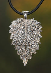 P-027 Large Leaf Pendant