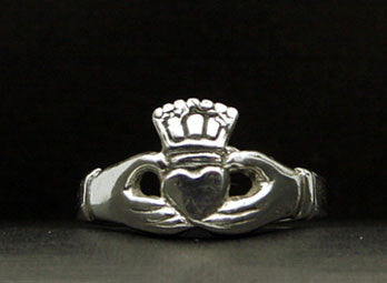 R-159A Claddagh Ring