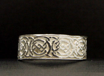 R-161A Celtic Knot Band