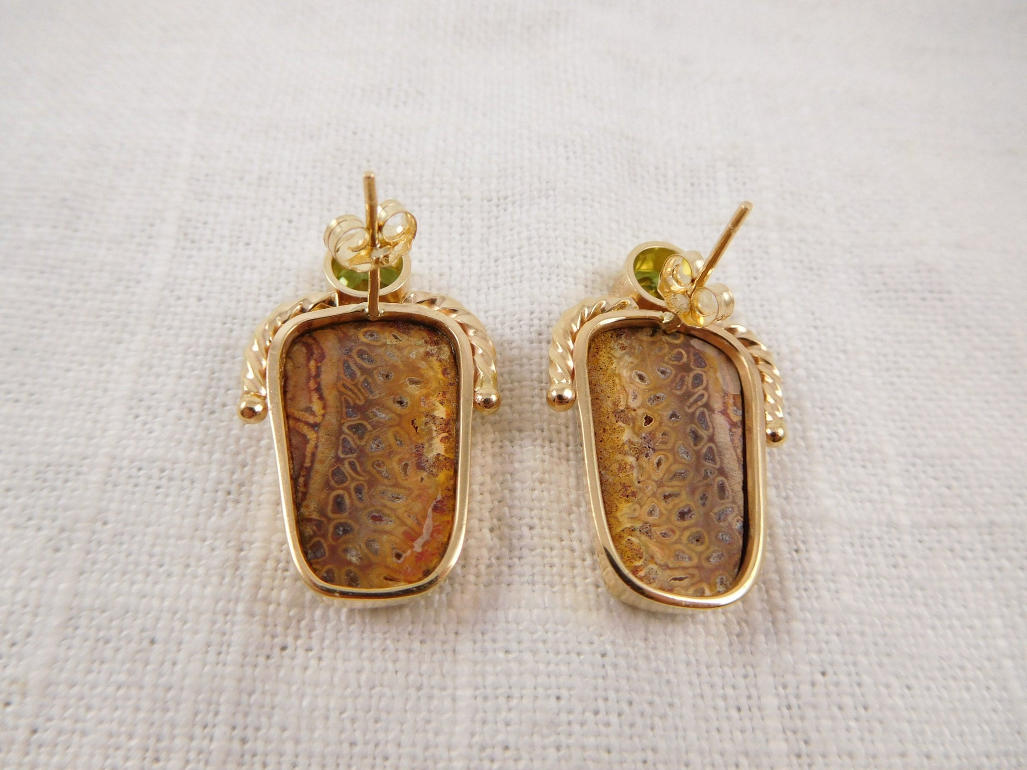 WW) Vintage Modernist Designer Earrings by Designer Nancy Karpel, 14K Gold Agate and Peridot