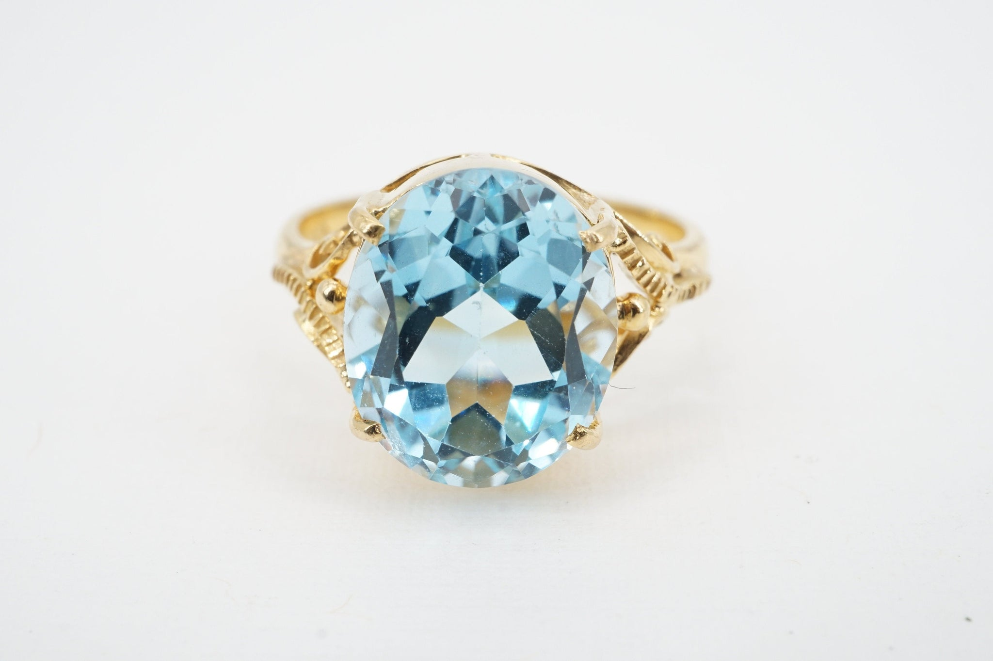 size 6.5 vintage 18k gold blue topaz ring - ww