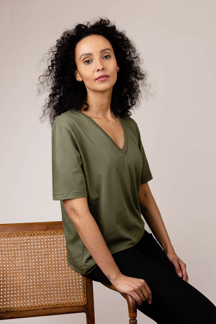 Kate khaki V-neck short sleeve t-shirt