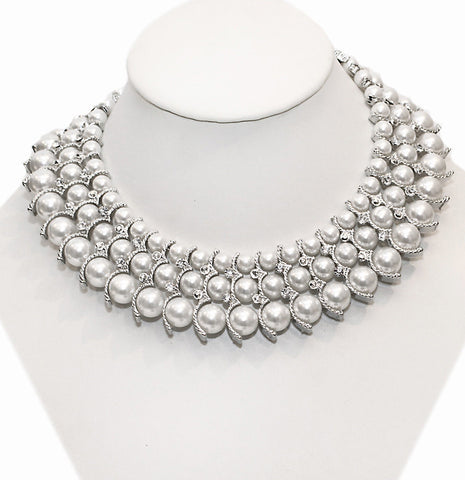 Queen Pearl Necklace