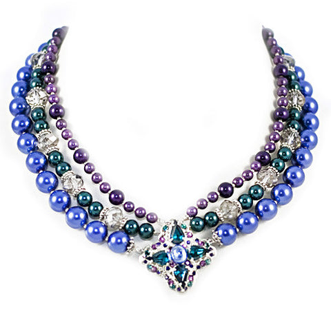 3-Strand Jewel Pearl Necklace