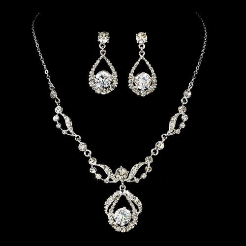Silver Bridal Jewelry Set Encrusted with Rhinestone