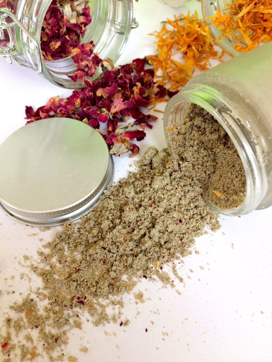 Cleansing Crushed Herbs Exfoliant