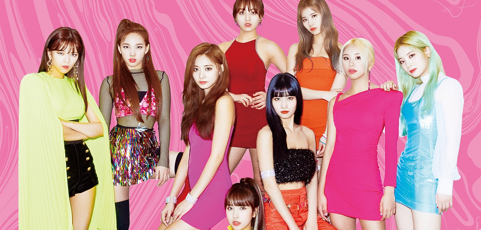 "TWICE leads iTunes rankings in 25 countries with ""FANCY YOU"""