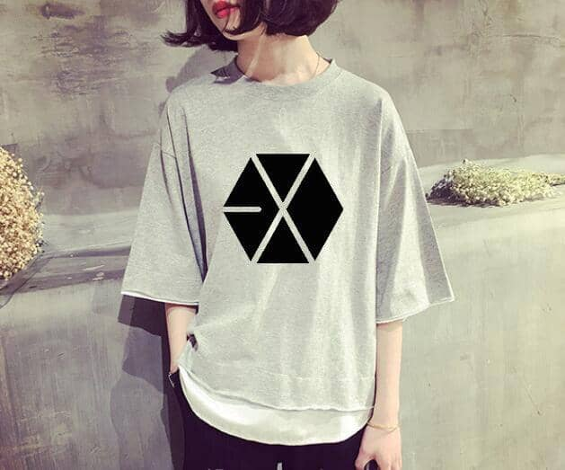 Kpop Newest Kpop EXO loose T-shirt women Korean TWICE Summer cotton Harajuku Fake two pieces Short sleeve tshirt WANNA ONE casual clothes that you'll fall in love with. At an affordable price at KPOPSHOP, We sell a variety of Kpop EXO loose T-shirt women Korean TWICE Summer cotton Harajuku Fake two pieces Short sleeve tshirt WANNA ONE casual clothes with Free Shipping.