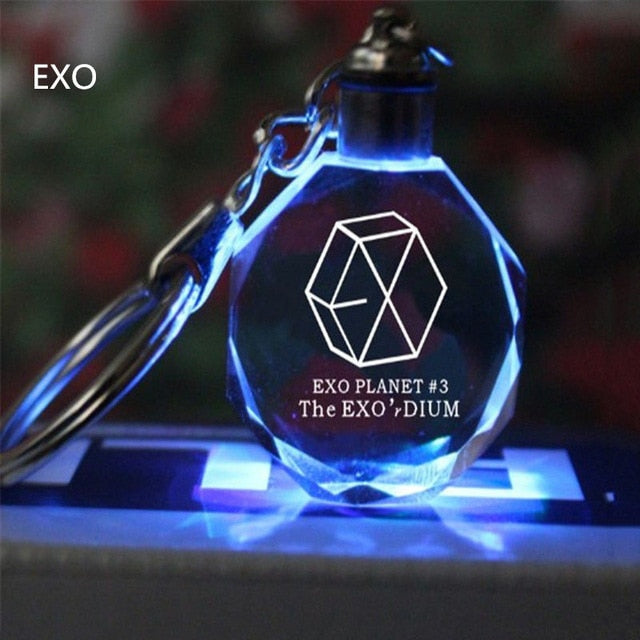 Kpop Keychain EXO GOT7 DIY LED Crystal Key Chain Bangtan Boys Wings Keyring  KPOP Accessories Fans Gift Key Chain Accessories