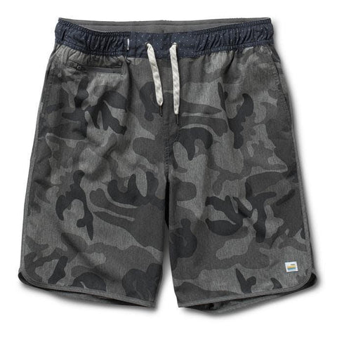 Vuori Banks Shorts Grey Camo