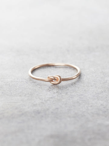 14K Gold Tiny Promise Knot Ring - Rose Gold