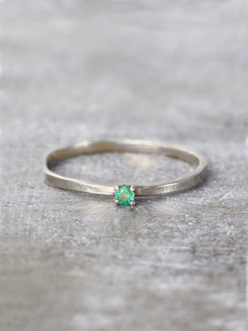 14K Emerald Wish Ring - LUNESSA