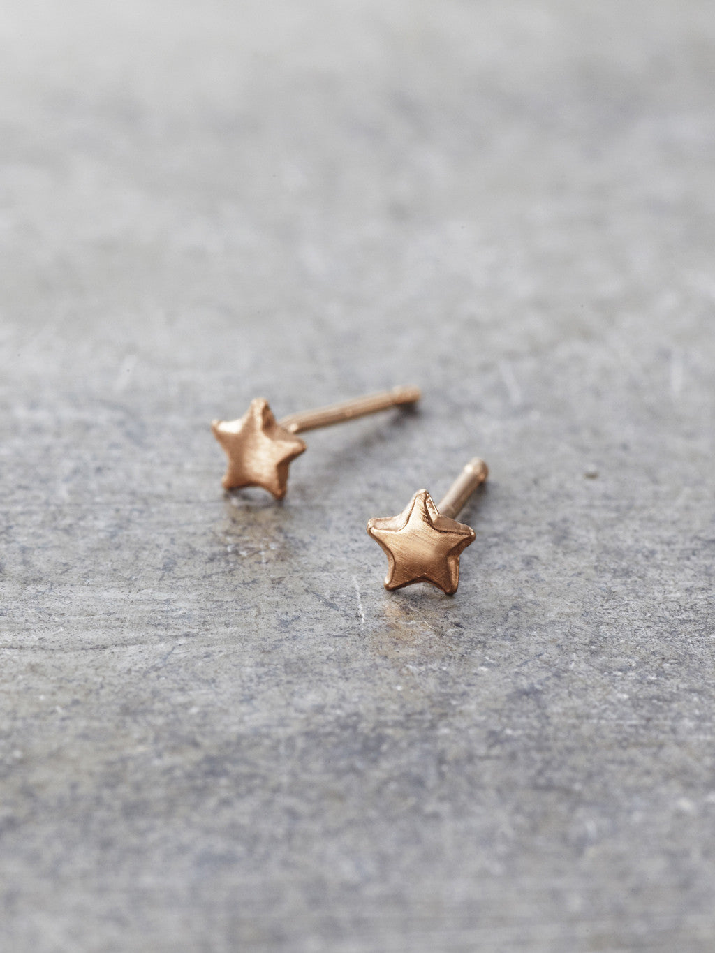 14K Gold Tiny Star Posts - Rose Gold