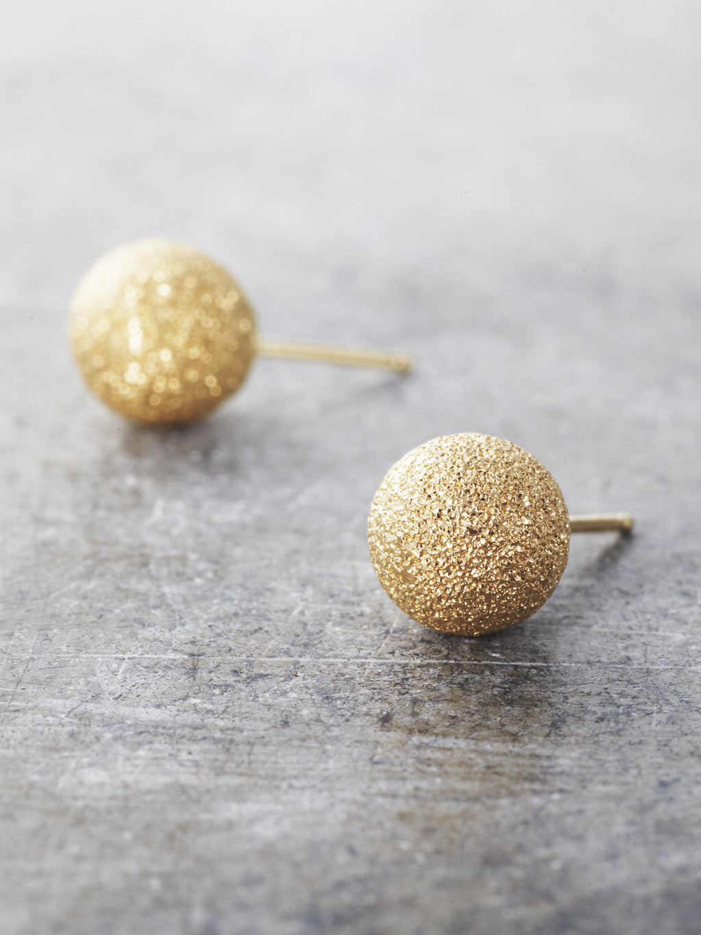 14K Yellow Gold Stardust Post Earrings - 8mm