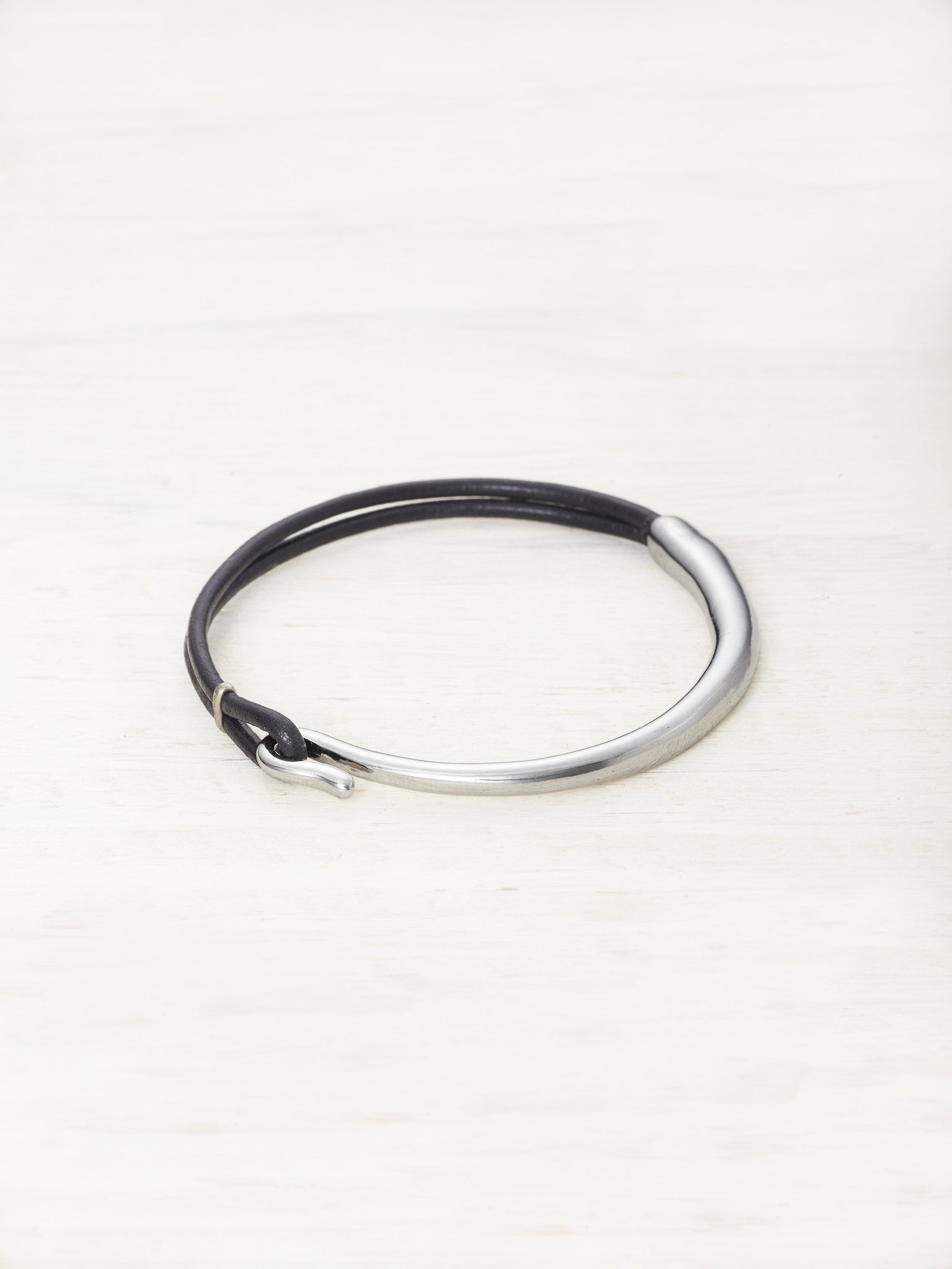 Leather Bar Bracelet - Black
