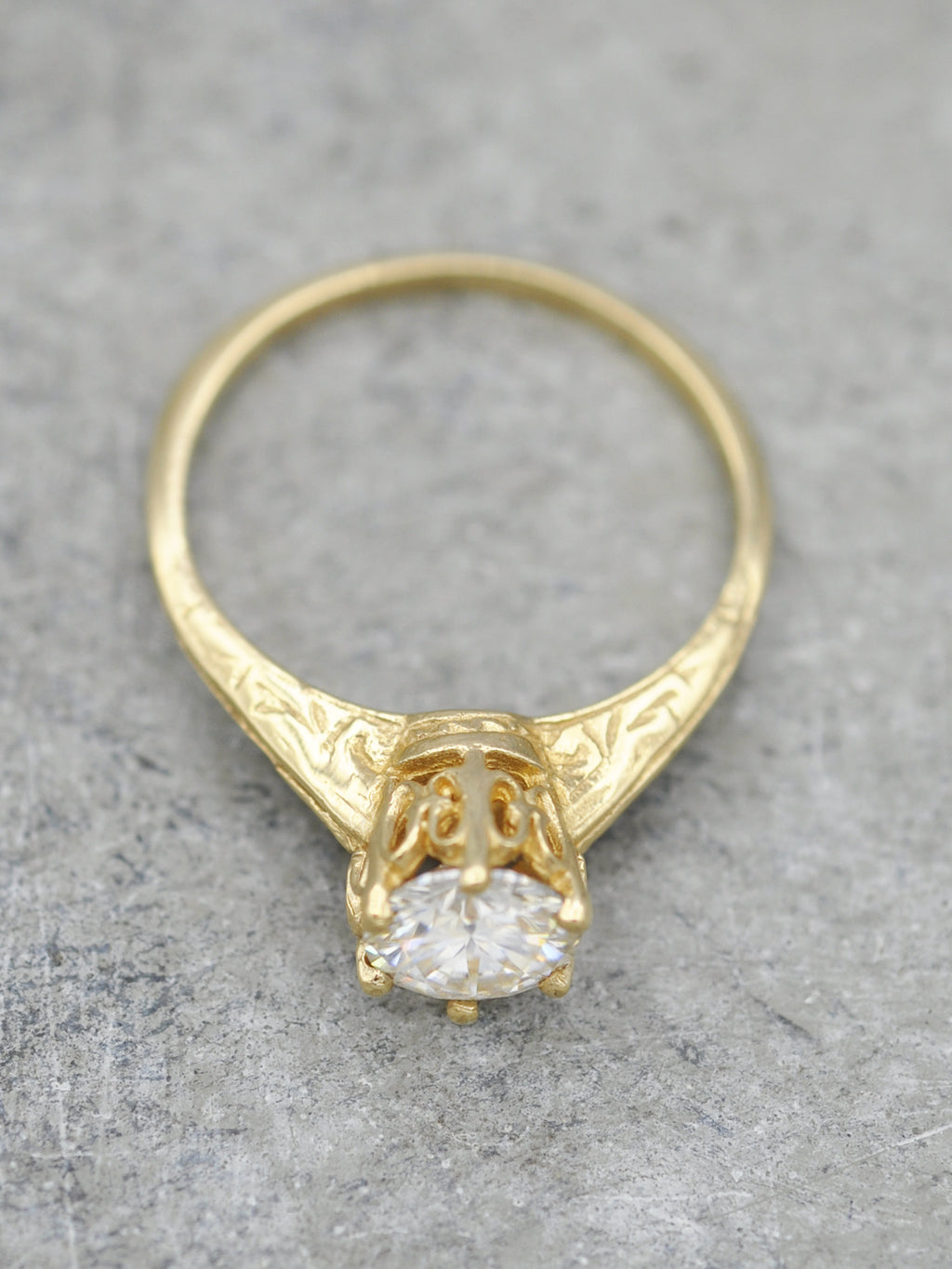 14K Antique Engraved Crown Ring